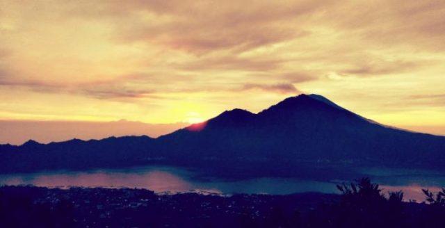 Mount Batur Sunrise Trekking and Extreme Swing at Tegalalang Ubud Bali