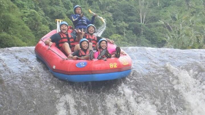 Mount Batur Sunrise Trekking and Telaga Waja Rafting