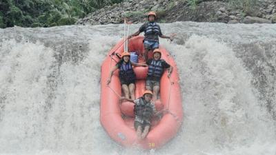 Mount Batur Sunrise Hiking and Water Rafting at Telaga Waja River