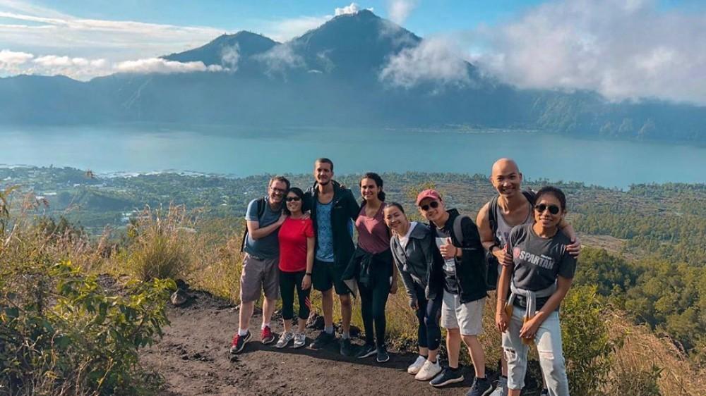 A Joyful Bali Group Trekking Tour