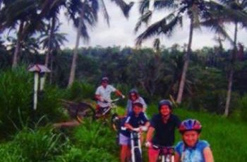 bali-downhill-cycling-and-educational-tour-1