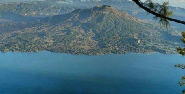 Batur Caldera Trekking Tour