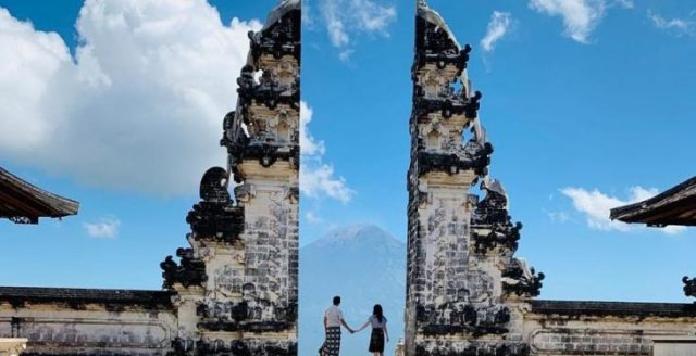 Lempuyang Gate Haven and East Bali Tour Package