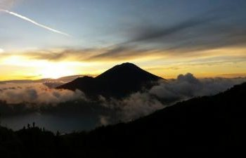 mount-batur-sunrise-trekking-and-hot-spring-package-3