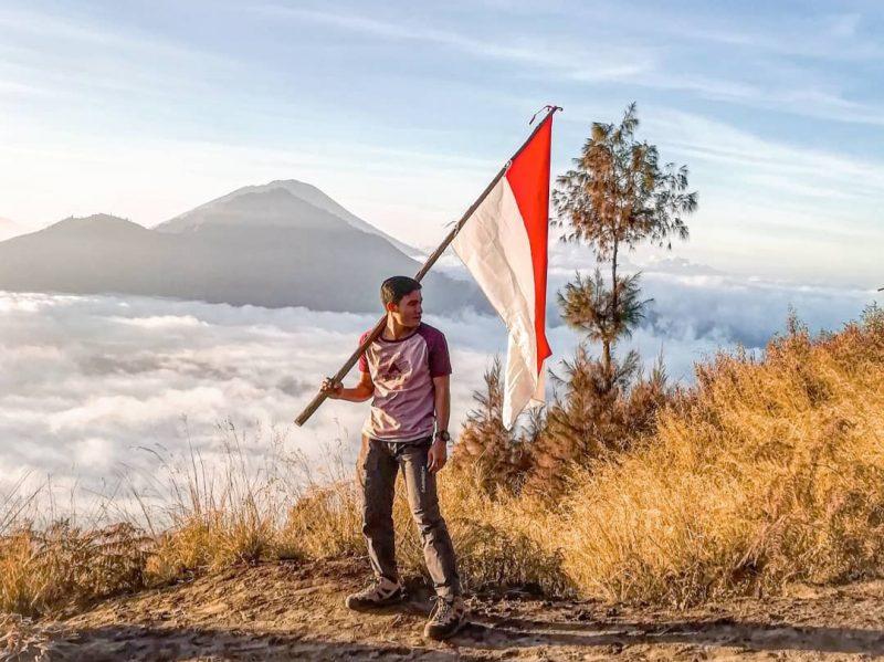 paket guide dan mendaki gunung batur